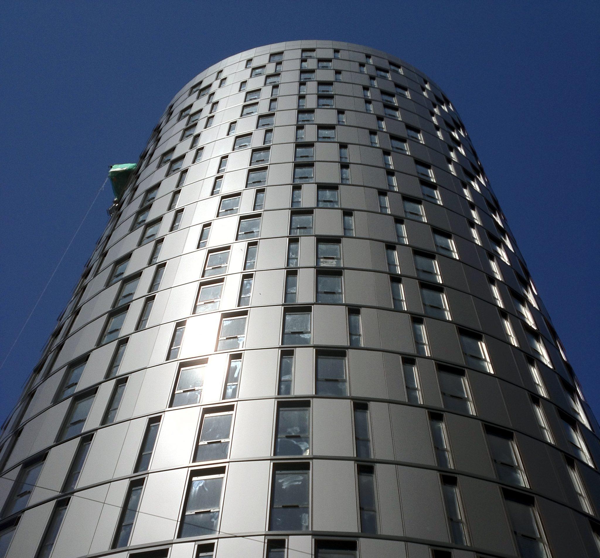 001-eastern-boulevard-leicester-uk-larson-grey-metallic