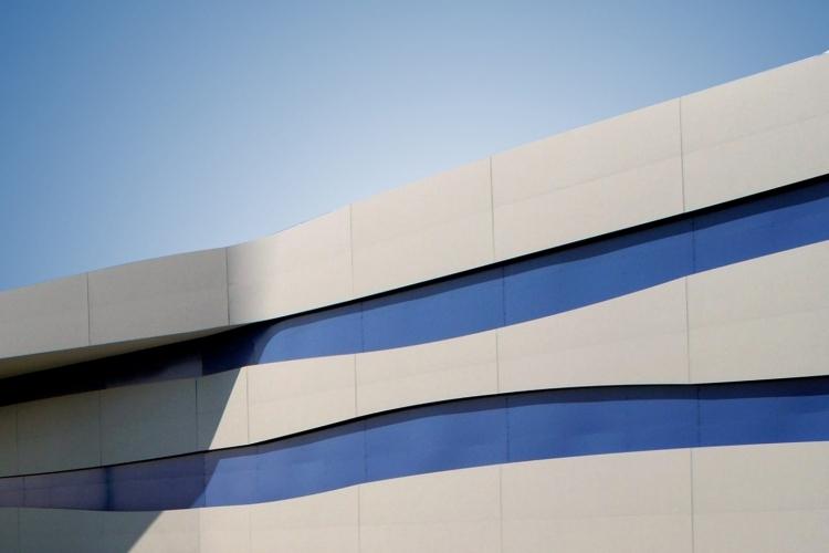 001-mall-center-eurosia-parma-italy-larson-pvdf-ral-5000-weathered-zinc-ii